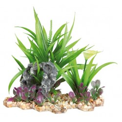 Plastikowa roślina w żwirowym podłożu 18cm